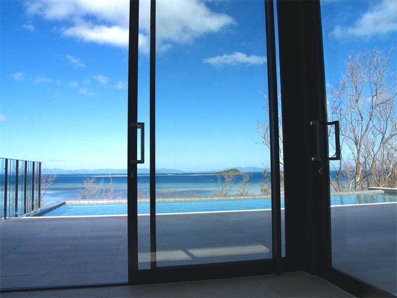 Sliding Doors Sunshine Coast with view on pool